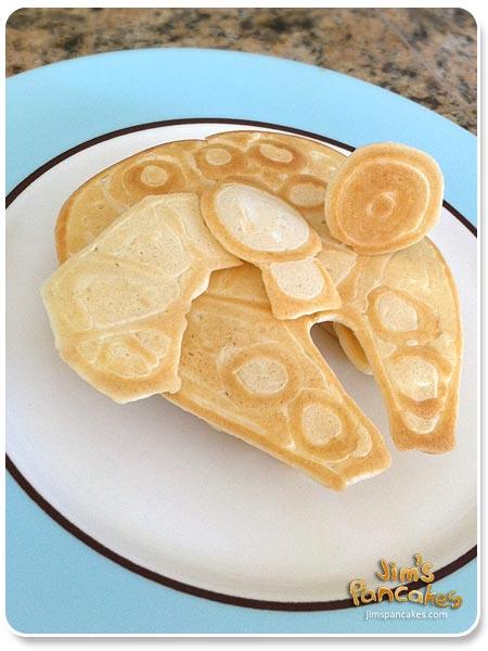 millenium-falcon-pancake