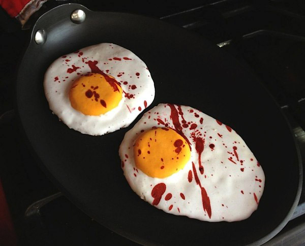 Dexters-Fried-Eggs-600x484