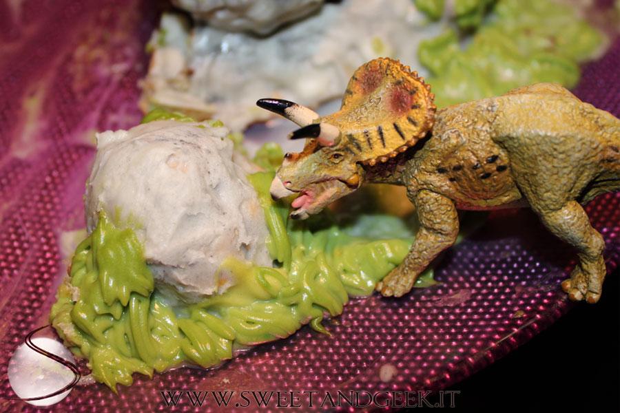 bignè-vs-dinosauro