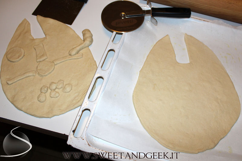 Millennium Falcon pie making of 1