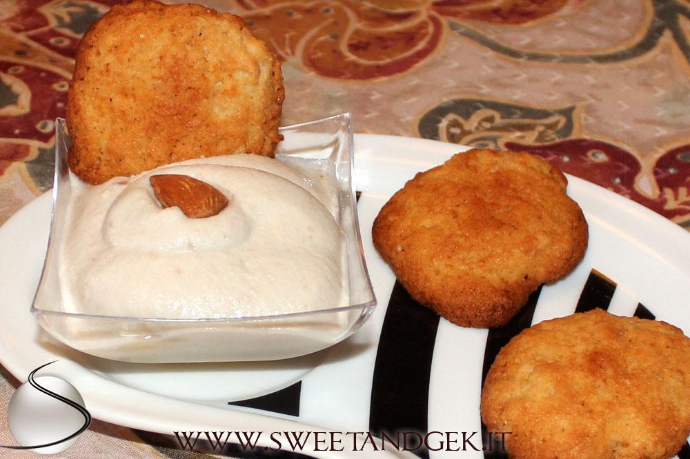 crema-mandorle-biscotto-mandorle