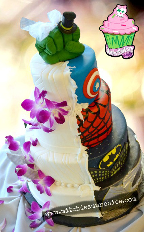 half-half-geek-weddingcake_02