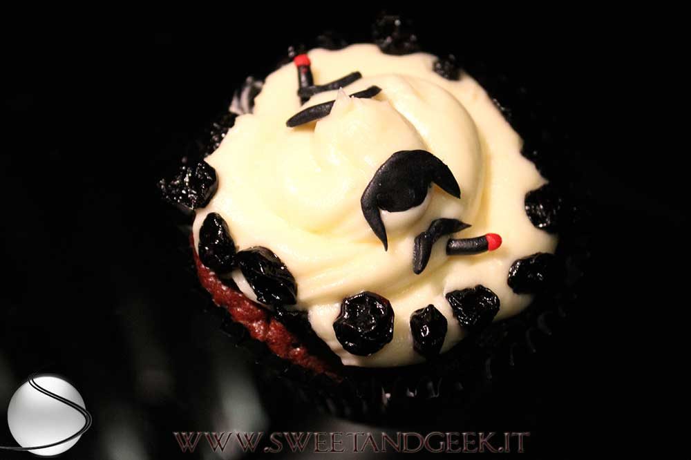 addams-cupcake-gomez